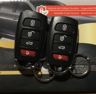 Alarma de Automóvil con Código Variable (Anti-Clon) TT-A700